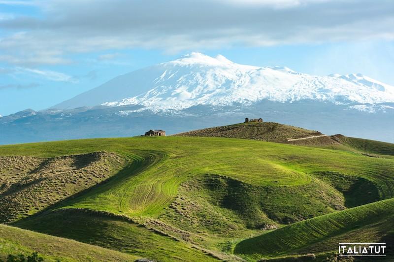 10778376_xxl-etna-landscape-opt