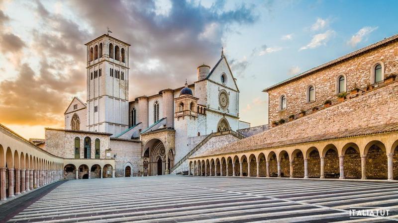 итальянские города, асисси