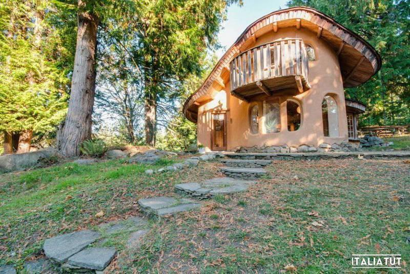 Unique-Cob-Cottage_Airbnb