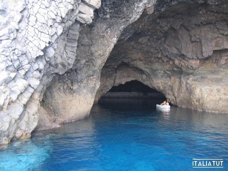 grotta_bue