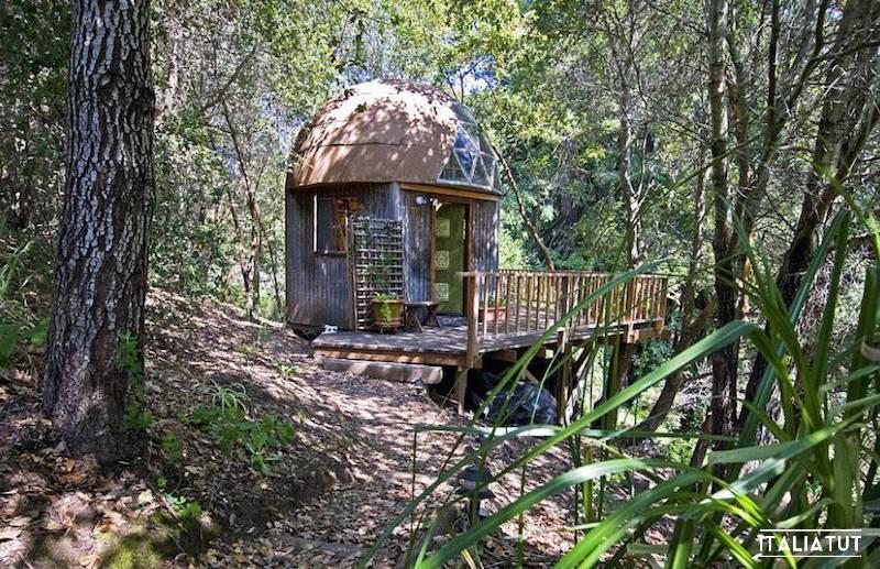 Mushroom-Dome-Cabin_Airbnb