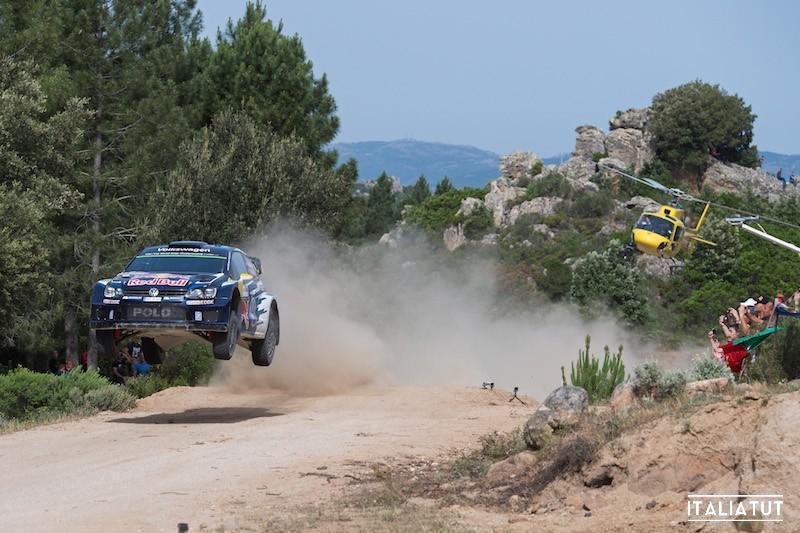 Andreas Mikkelsen (NOR), Ola Fløene (NOR) Volkswagen Polo R WRC (2015) WRC Rally Italia Sardegna 2015